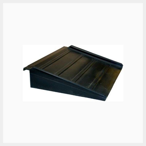 Compact Spill Deck Ramp
