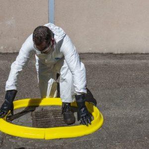 reuseable spill barrier